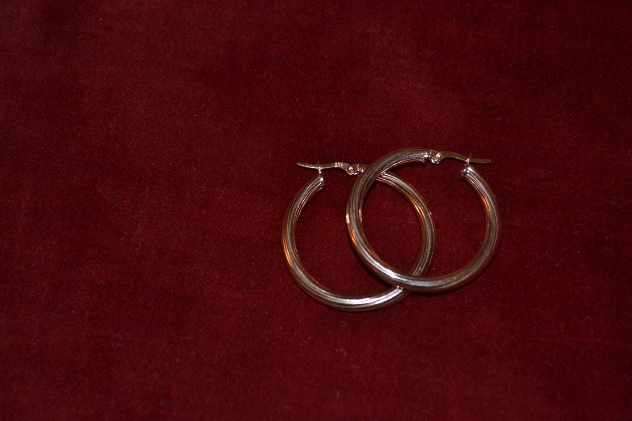 Σκουλαρίκια ασημένια-επιχρυσωμένα κρίκοι - Το μπαούλο της Γιαγιάς 51e4f44e687