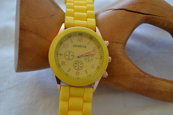 Ρολόι quartz μέ λουράκι σιλικόνης