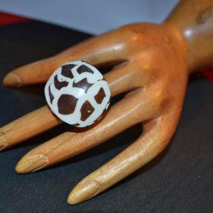 Δαχτυλίδι αφρικάνικο από κοκκαλο