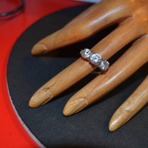 Δαχτυλίδι vintage ασημένιο μέ ζιργκόν(βέρα)